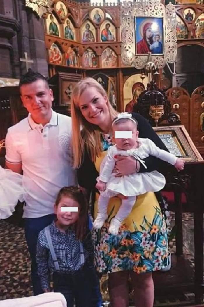 Prima imagine cu fetiţa Alexandrei şi a lui Dragoş de la MPFM. Cât de frumoşi sunt în formulă de patru!