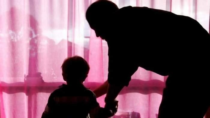 Pedeapsă capitală pentru doi pedofili! Au violat şi ucis cu sânge rece un copil de 12 ani