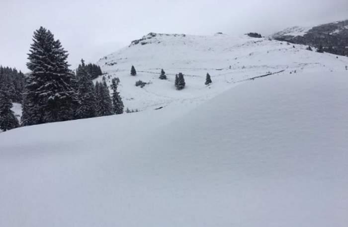 Tragedie în munţi! Un turist a murit sufocat de propria geacă