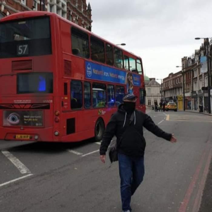 Atac terorist la Londra! Mai mulți oameni au fost înjunghiați, în plină stradă / VIDEO