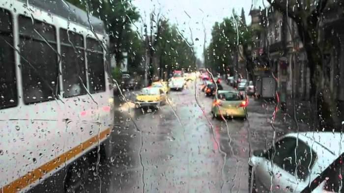 Anunţ de ultim moment de la meteorologi! Ploaie şi lapoviţă, în mai multe zone din ţară