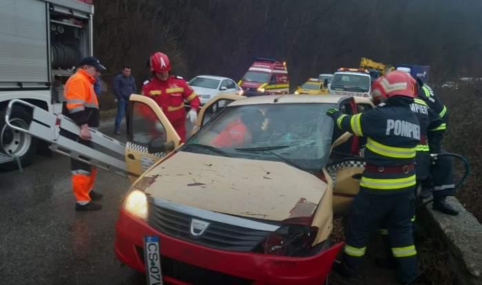 Accident grav la Reşiţa. Salvatorii au intervenit de urgenţă