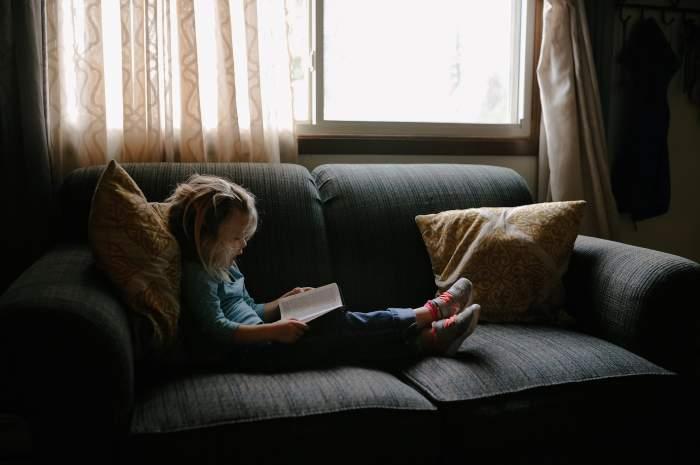 4 activităţi prin care îţi poţi ajuta copilul să înţeleagă cum funcţionează lumea înconjurătoare