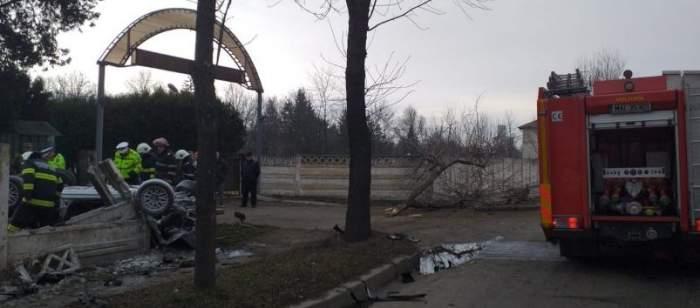 Accident teribil în Bârlad. Două persoane au murit pe loc / FOTO