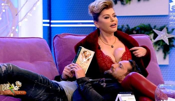 FOTO / Imagini fierbinţi cu Dani Oţil şi Loredana Groza. Atingeri interzise în direct la TV