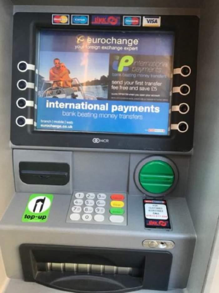 La Constanţa un bancomat a fost aruncat în aer. Hoţii au reuşit să fugă cu banii