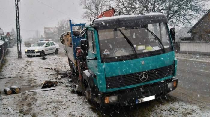 Tragedie în Neamţ. Trei elevi, spulberaţi de un camion. Un copil a murit pe loc