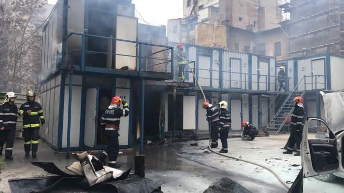VIDEO / Ultimă oră. Incendiu puternic lângă sediul Poliției Capitalei