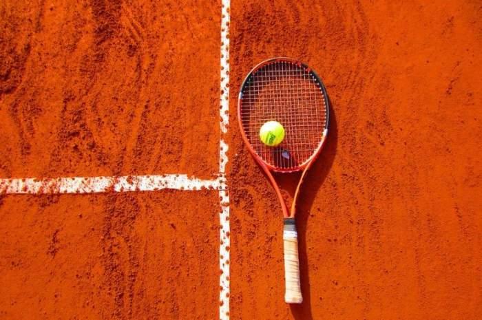 Durere fără margini în lumea tenisului! Un tânăr sportiv a murit, după ce s-a prăbuşit pe teren
