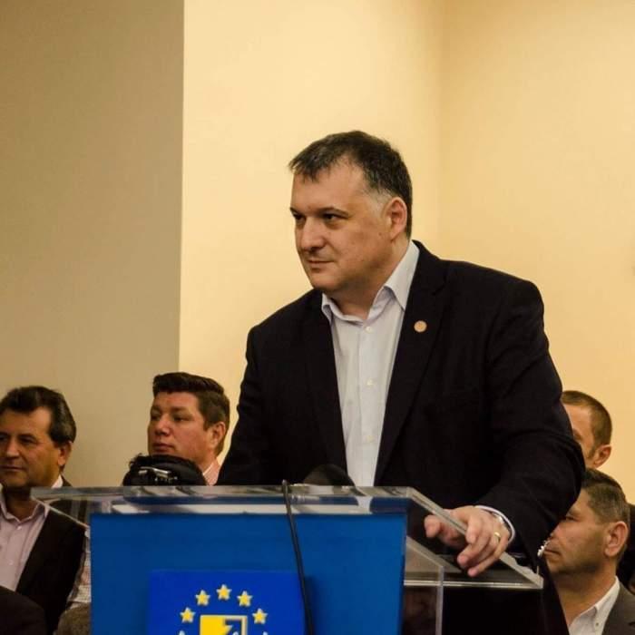 Alertă în politică, după ce senatorul Chițac a fost confirmat cu coronavirus. Un deputat de Constanța este suspect