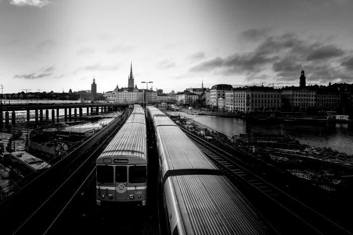 Circulația trenurilor, suspendată din cauza stării de urgență! Ce recomandă CFR Călători