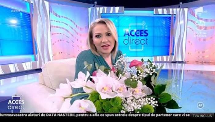 """VIDEO / Mirela Vaida, serbată în platoul Acces Direct. """"Mă simt așa parcă nu mai sunt tânără"""""""