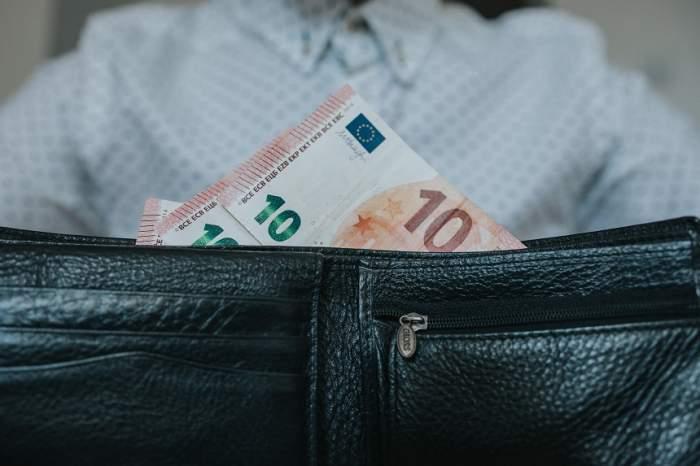 Ungaria a decis suspendarea plății ratelor la credite până la sfârşitul anului 2020