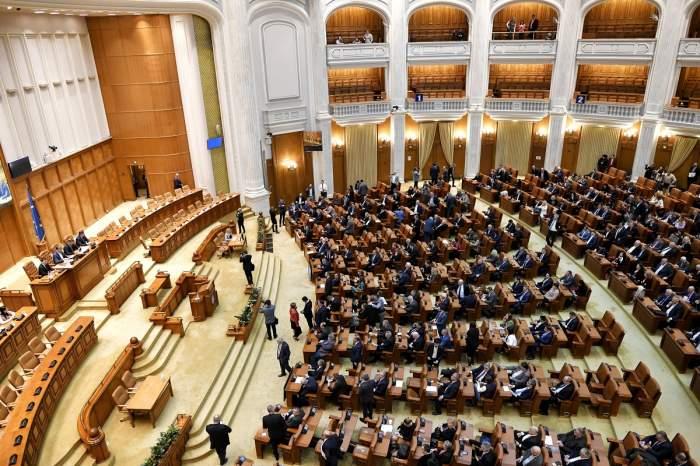 Parlamentul a trecut, în unanimitate, decretul pentru starea de urgență / UPDATE
