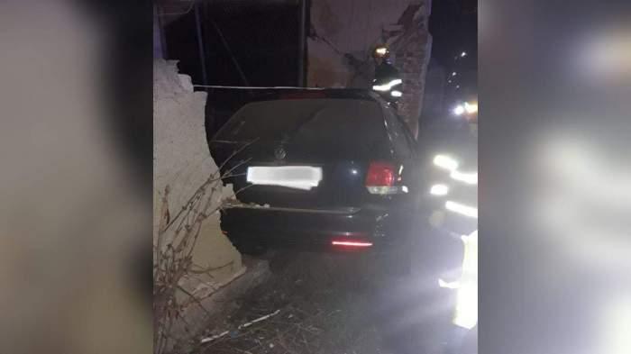 Accident grav în Brașov. Un tânăr de 21 de ani a murit în urma impactului