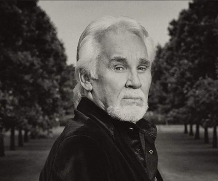 A murit celebrul cântăreț de country Kenny Rogers