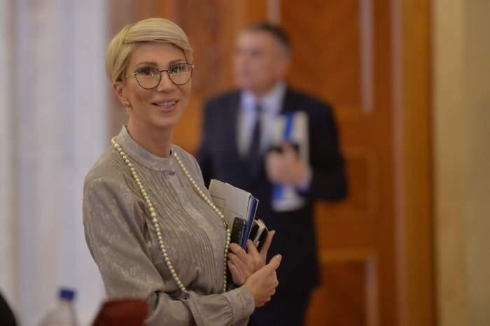 """Vicepremierul Raluca Turcan, declarație de ultimă oră: """"Repetarea anului școlar este un scenariu posibil"""""""