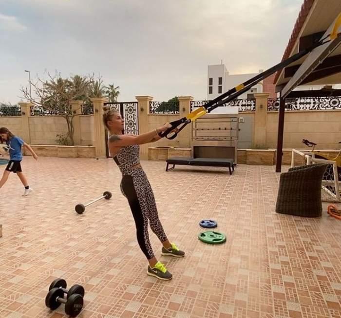 Anamaria Prodan, mai în formă ca niciodată! Cum le dă clasă puștoaicelor de 20 de ani