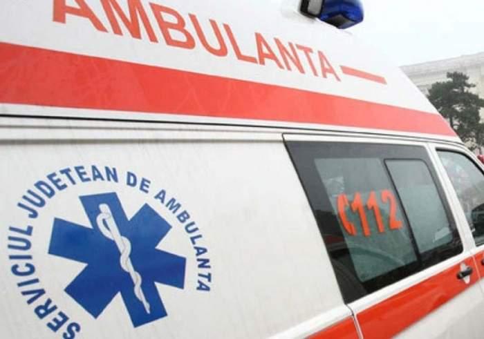Constănţean ajuns de urgenţă la spital. A fost înjunghiat de mai multe ori, în plină stradă