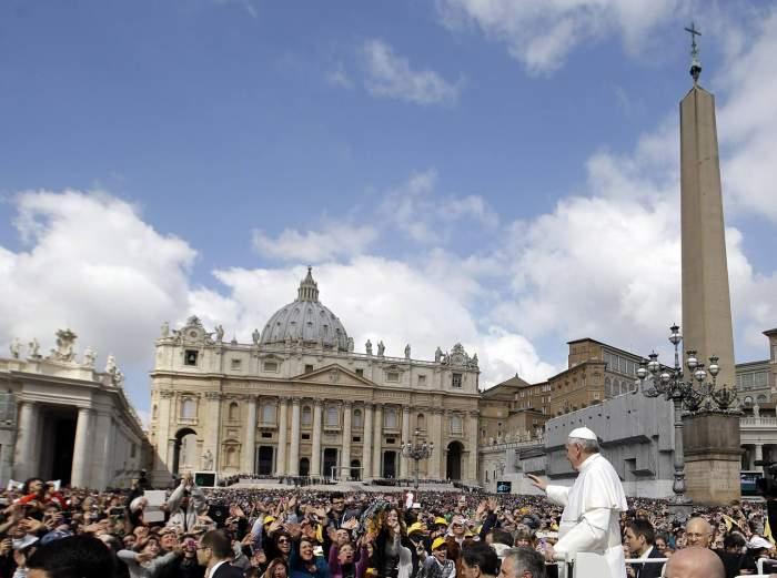 """Catolicii sărbătoresc Învierea Domnului! Ce mesaj are pentru ei Papa Francisc: """"Umple-ne inimile cu speranță"""""""
