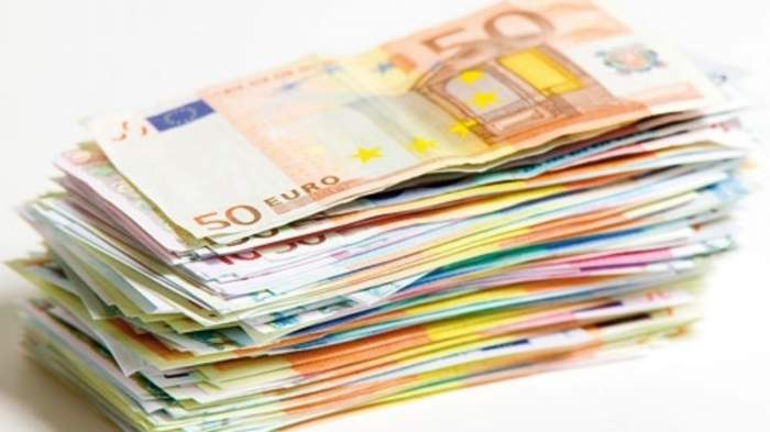 Curs valutar BNR, astăzi, 15 aprilie. Cu cât a crescut 1 euro faţă de ieri