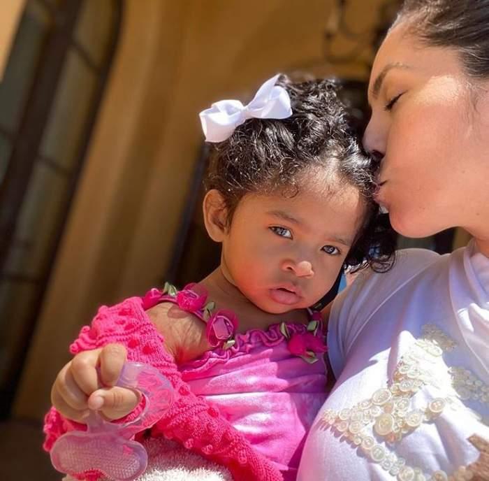 """VIDEO / Fiica regretatului Kobe Bryant a făcut primii ei pași! Soția acestuia, Vanessa, este în culmea fericirii: """"Știam eu că vei reuși"""""""