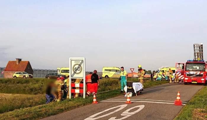 Accident mortal în Olanda! Doi români și-au pierdut viața, iar alți șapte persoane sunt rănite, după ce microbuzul care îi ducea la muncă s-a izbit puternic de un autoturism