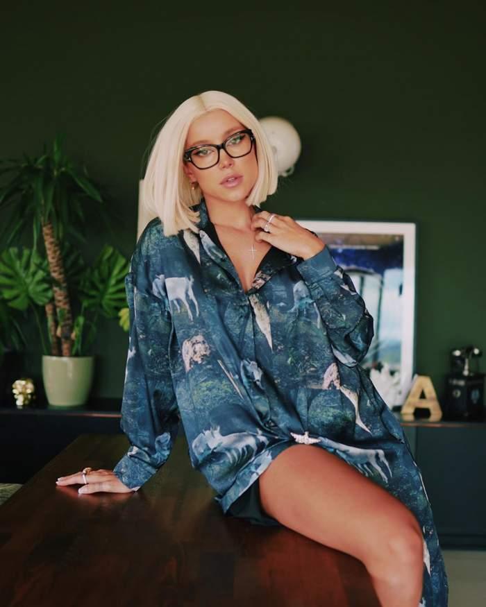 """FOTO / Sexy mamacita! Alina Ceușan a spus adio lenjeriei intime și a apărut într-o ipostază incendiară: """"Luxos"""""""