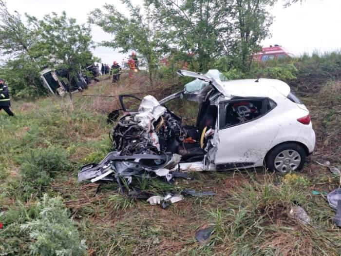 Tragedie de nedescris la Galați!După ce a adormit la volan, un bărbat a intrat pe contrasens și și-a ucis toată familia. Printre victime, și copilașul de doar un an