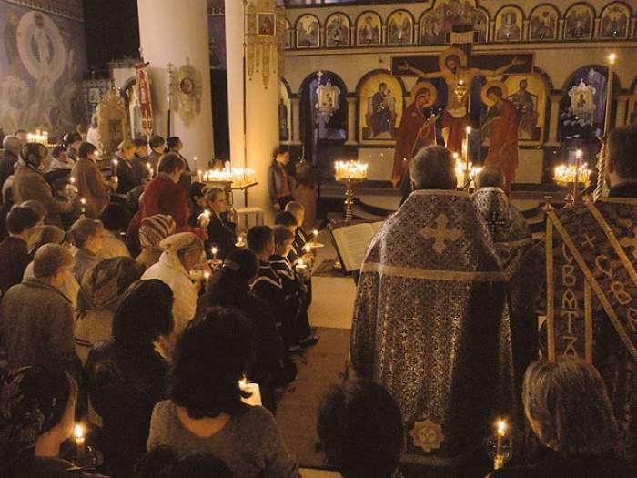 Slujbele religioase vor avea loc în aer liber, chiar dacă bisericile rămân închise după 15 mai. Anunțul făcut de premierul României