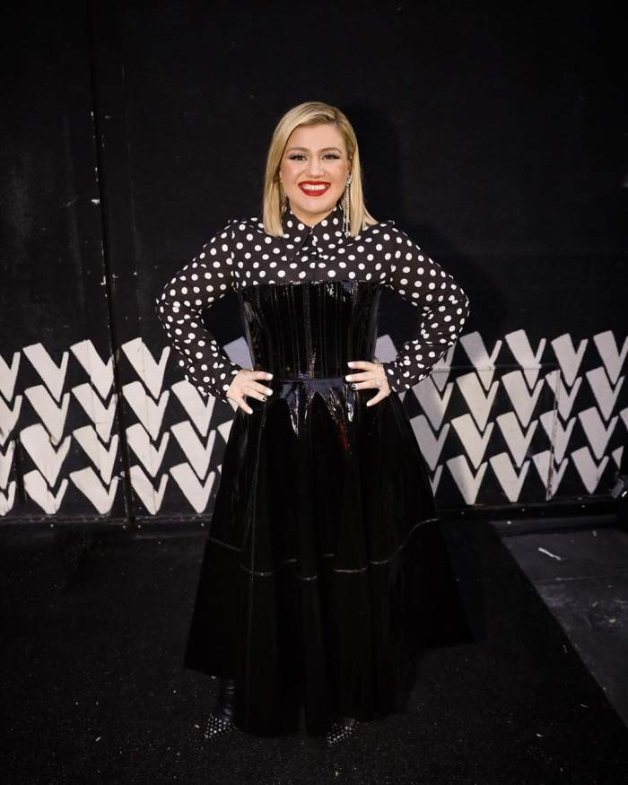 FOTO / Bombă în lumea artistică! O cunoscută cântăreață divorțează după 7 anide căsătorie