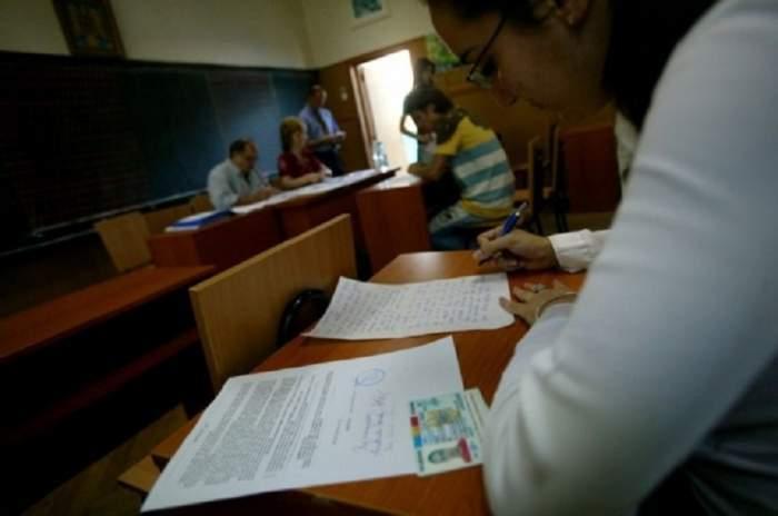 Evaluarea Națională 2020. Ce pățesc elevii care depășesc temperatura minimă la intrarea în examen. Cum se va desfășura testarea