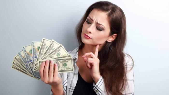 Cum câștigă tinerele fete de astăzi mii de dolari?
