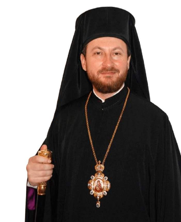 FOTO / Corneliu Onilă, episcopul de Huși arestat pentru viol, privește fără rușine de pe pereții bisericii! Ce părere au localnicii despre pictura cu fostul preot