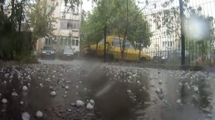 Vremea extremă continuă în România! Codul portocaliu de vijelii a fost extins