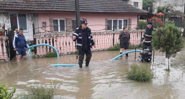 Prăpădîn România! Cod portocaliu de inundații! Care sunt județele afectate