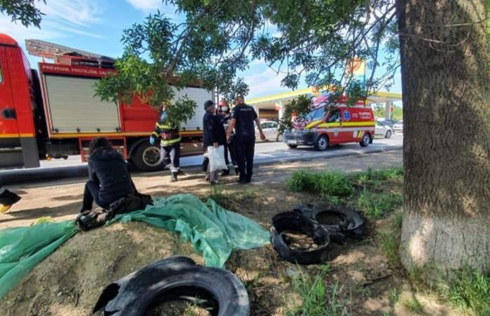 Accident cumplit în Vrancea! Un conducător auto a încercat să salveze viața unei pisici, însă i-a curmat-o pe a pasagerului său din dreapta. Șoferul se află acum în stare gravă
