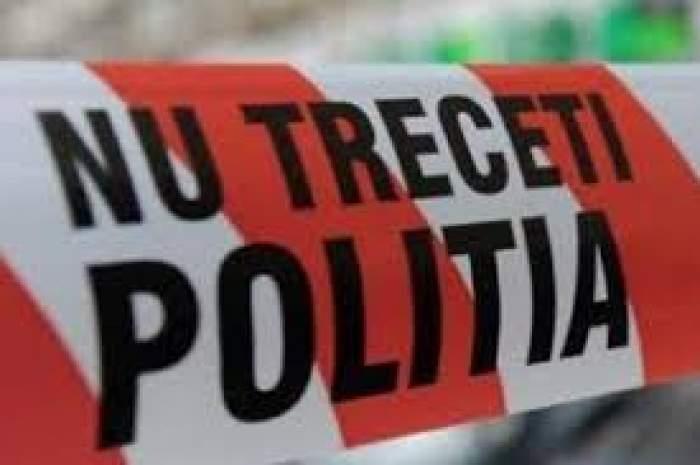 Moarte suspectă în Buzău. O femeie, găsită dormind lângă un bărbat înjunghiat în inimă. Ancheta polițiștilor este una de amploare