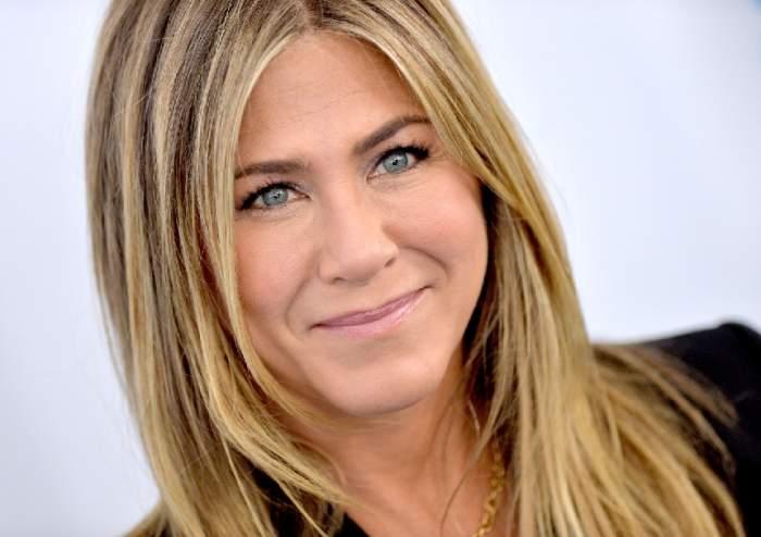 Mod unic de a ajuta. Jennifer Aniston a scos la licitație o fotografie nud cu ea, din 1995. Banii vor fi oferiți pentru îngrijirea bolnavilor de COVID-19 / FOTO