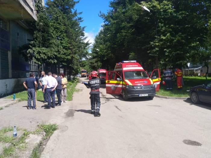UPDATE / 15 persoane aflate în Mina Livezeni din Hunedoara, transportate la spital! Planul roșu a fost dezactivat!