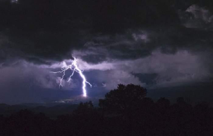 ANM, anunț important! România, lovită de ploi și vijelii! De când intră în vigoare avertizarea de vreme rea