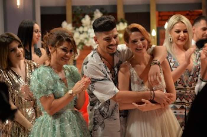 Andra şi Armando au câştigat competiţia Mireasa şi marele premiu de 40.000 de Euro!2 cupluri au decis să se căsătorească în direct!