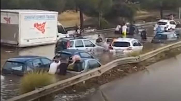 Doi oameni au murit înecați în mașină, după o indundație în Palermo! Imaginile șocante cu cea mai abundentă ploaie din istoria orașului / FOTO