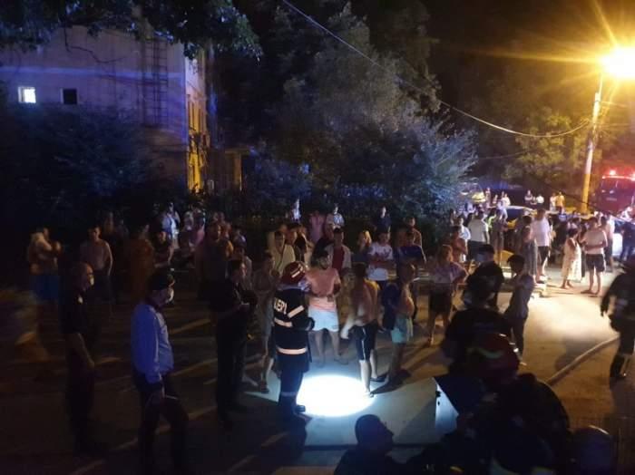 Incendiu devastator la un bloc Galați! Zeci de persoane, evacuate în toiul nopții