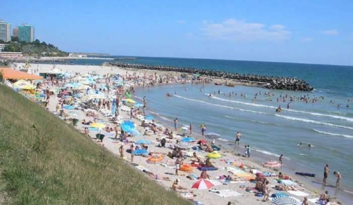 Weekend cu 100.000 de turiști pe litoral! Hotelierii așteaptă ca săptămâna viitoare să fie mai mulți!