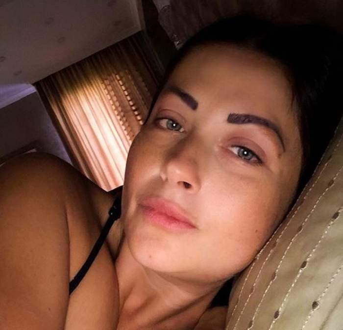 Gabriela Cristea s-a fotografiat în așternuturi! Cum arată vedeta fără machiaj și ce problemă le-a împărtășit fanilor! / FOTO