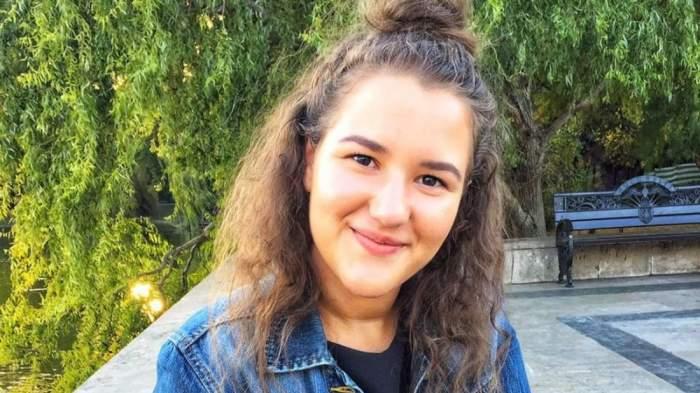 Andreea, o tânără de 22 de ani, a murit infectată de COVID-19în ziua în care urma să absolve ASE-ul! Mama ei, răpusă de virusul ucigaș,cu doar 9 zile în urmă