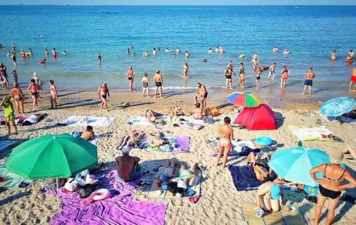 Masca devine obligatorie pe litoralul românesc! Ce alte restricții se mai impun de la 1 august