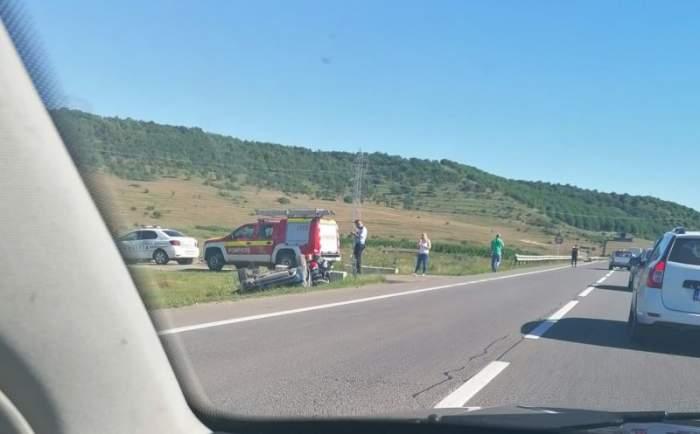 Accident grav la Cluj: trei mașini implicate, două persoane rănite