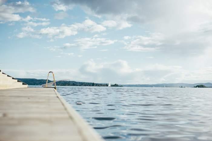 Ce reguli trebuie să respecți la piscină în acest an! Vei fi supravegheat tot timpul!